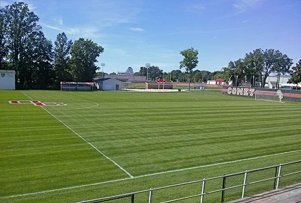 Olivet College grounds crew wins Pioneer® Fields of Excellence Award